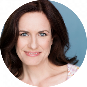Karin Tracy, Fíonta VP Marketing